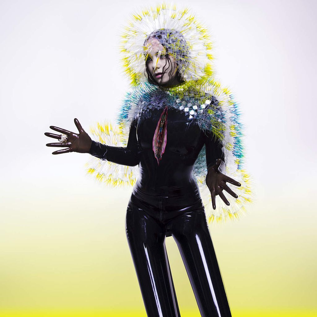 Vulnicura By Björk Reviews And Tracks Metacritic